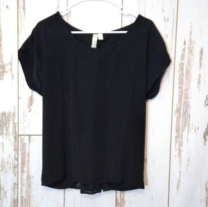 Francesca's Alya black zip back blouse